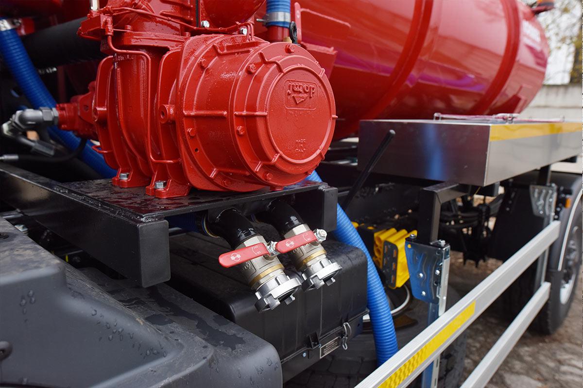 Fekálna cisterna CAS 6106
