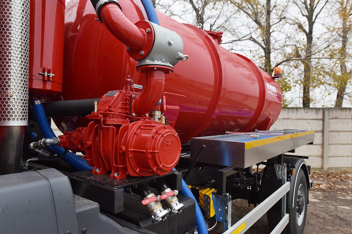 Fekálna cisterna CAS 6105