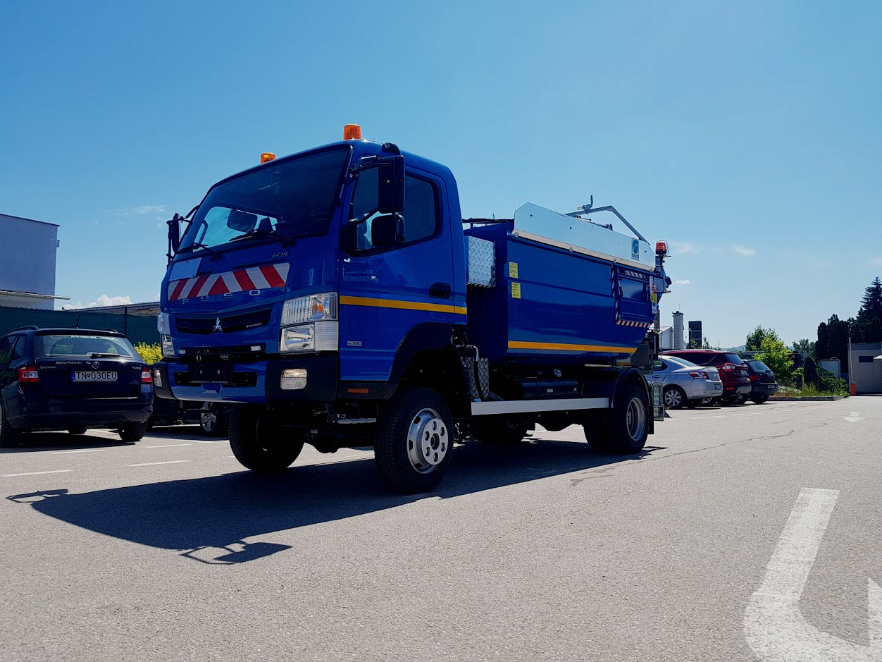 Zberové vozidlo COSECO K 1592