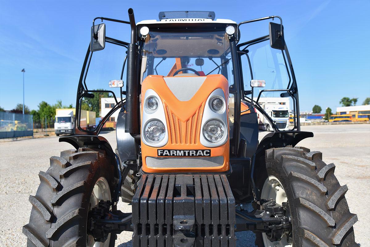 Traktor Farmtrac DT 675194